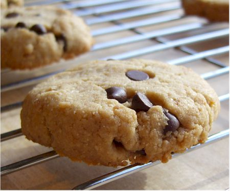 Gluten-Free and Vegan Maple Cashew Cookies