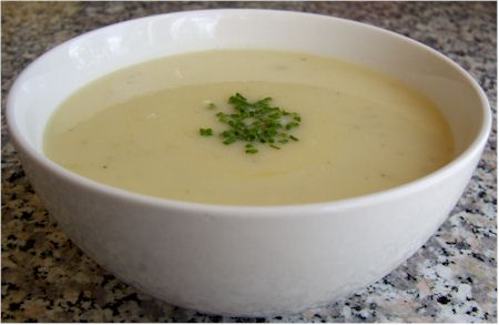 Creamy dairy-free green garlic soup