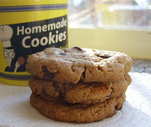 Vegan, Gluten-Free Peanut Butter Chocolate Chip Cookies