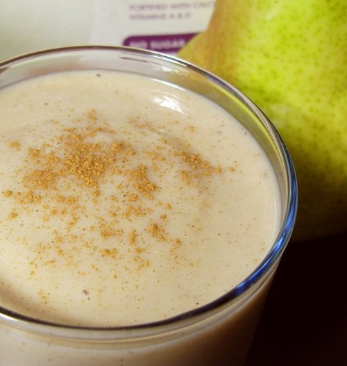 Vegan Almond Pear Spice Smoothie - Dairy-Free, Soy-Free, Sugar-Free, and Gluten-Free